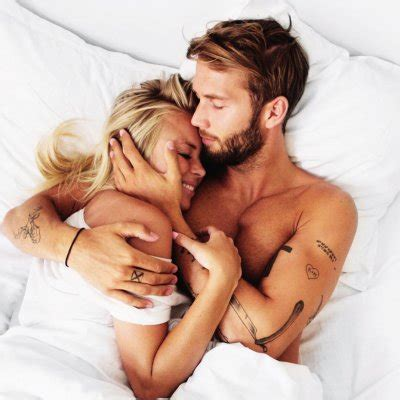 17 Compliments to Give Your Boyfriend in the Bedroom