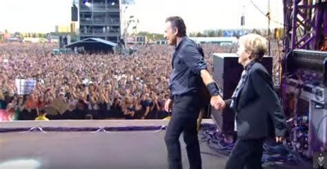 Bruce Springsteen Dances with His Mother On Stage
